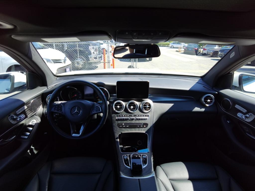 2019-Mercedes-Benz-GLC