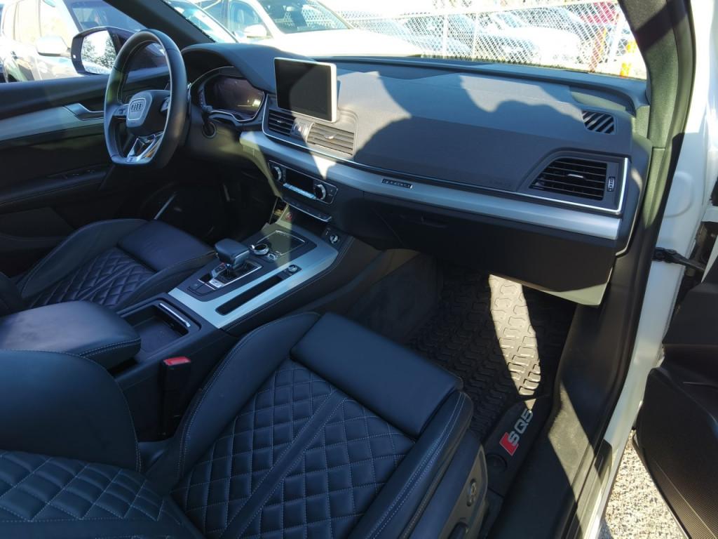 2020-Audi-SQ5